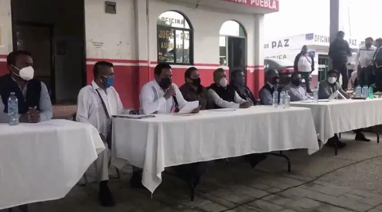Denuncian ediles auxiliares abandono de la presidenta municipal de Puebla, Claudia Rivera