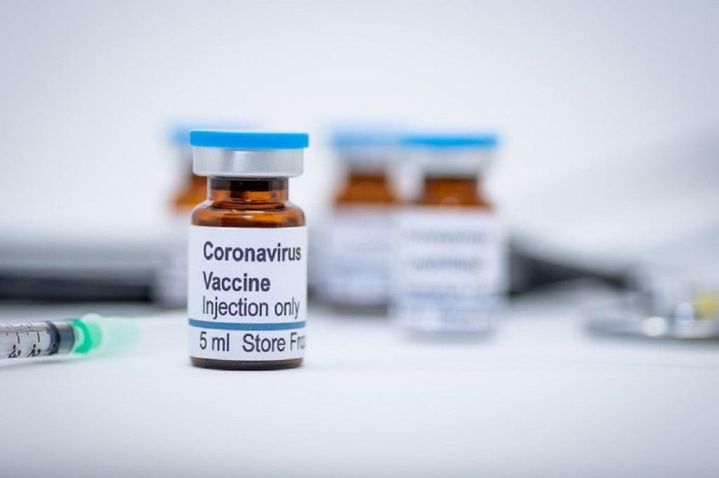 Pfizer y BioNTech producirán vacuna para prueba masiva