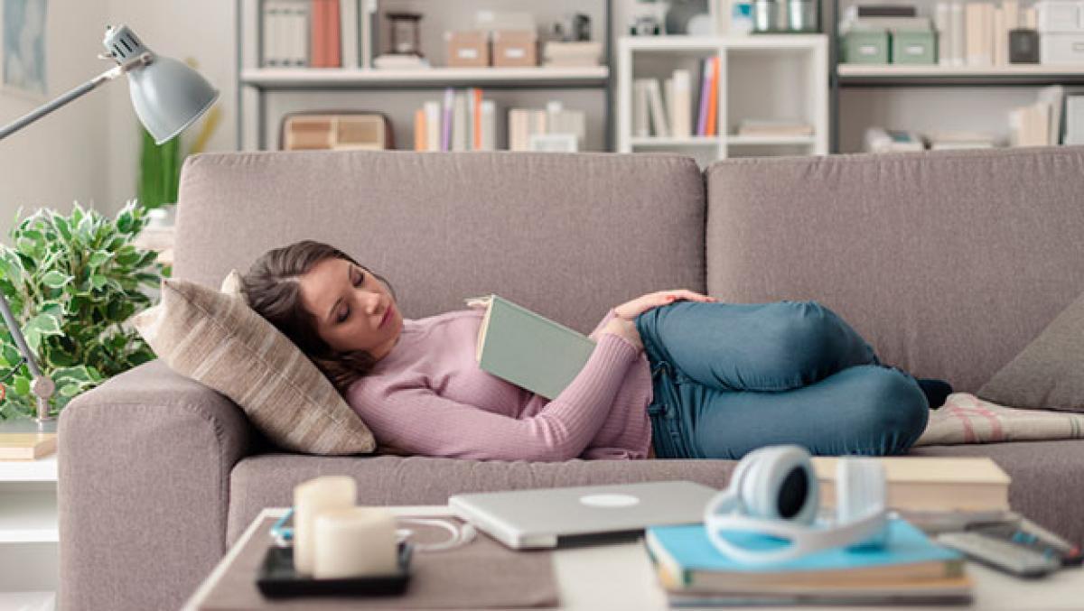 ¿Tomas siestas largas? Cuidado, puede ser malo para tu salud