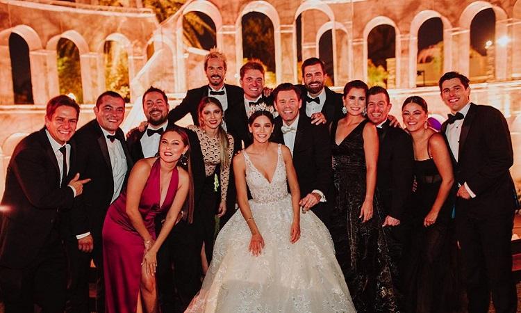Boda de actor mexicano deja 100 invitados contagiados por Covid-19