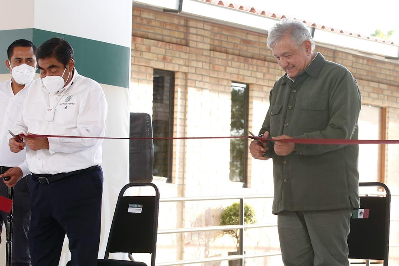Se inaugura la Universidad Benito Juaréz García en Zinacatepec