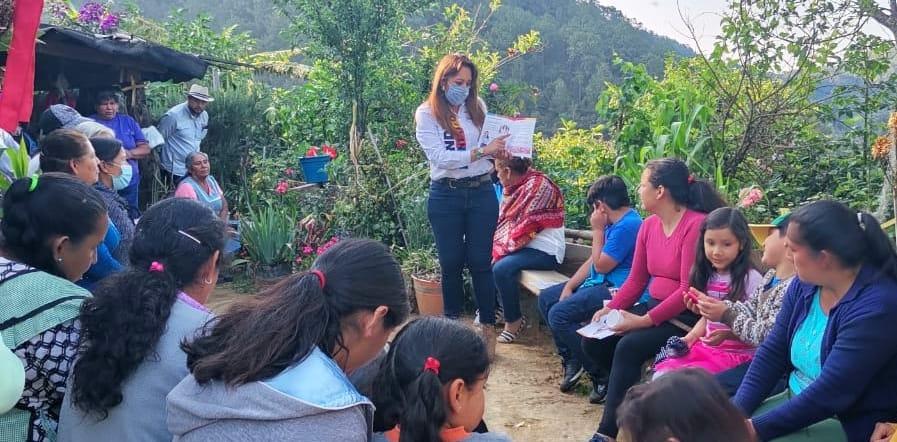 Legislar teniendo en cuenta la opinión ciudadana: Sandra Montalvo