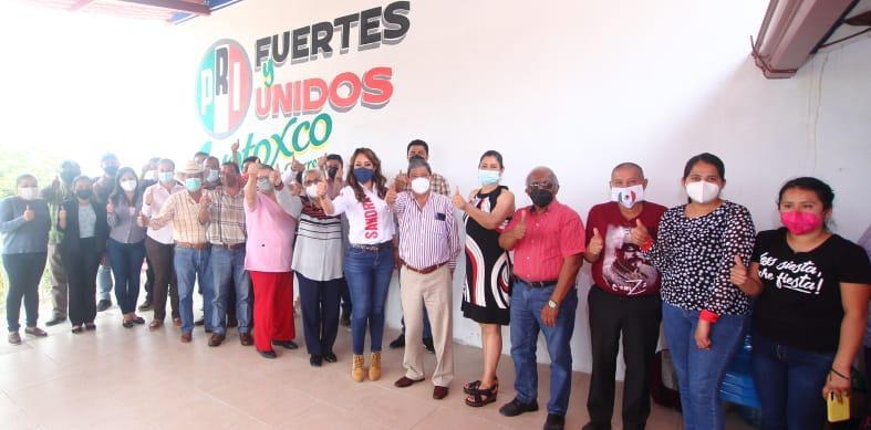 Recorre Sandra Montalvo el municipio de Ayotoxco