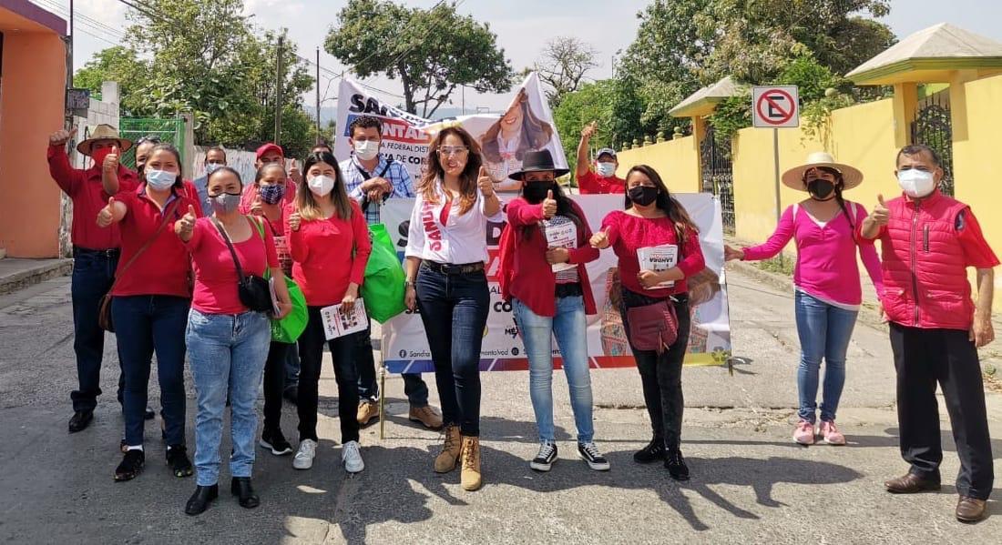 Recorre Sandra Montalvo el municipio de Atempan