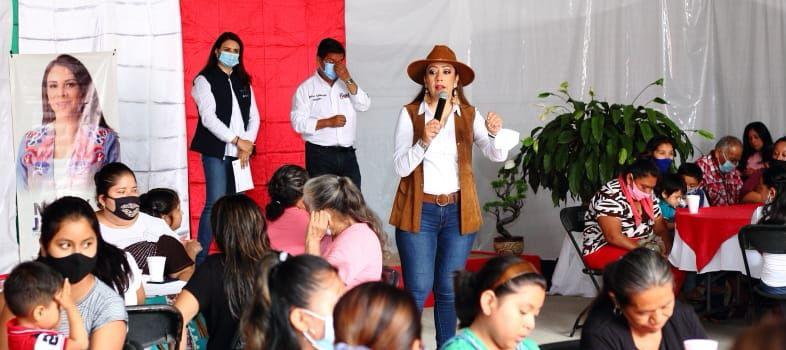 En Tenampulco como en todo México, las mujeres son fundamentales: Sandra Montalvo