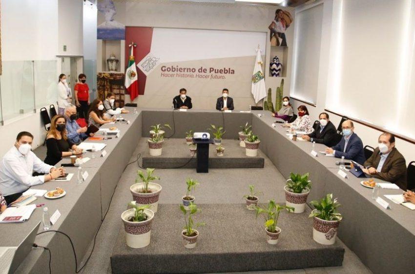Comienzan mesas de trabajo entre Barbosa y edil electo de Puebla