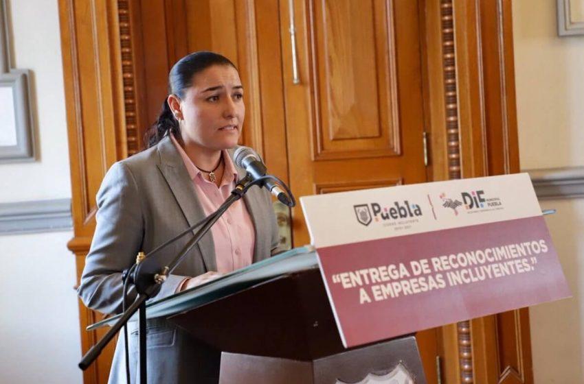 Denuncian trabajadores del DIF Municipal a Silvia Jaime por agresiones físicas y humillaciones