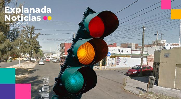 Claudia Rivera hace mutis; no justifica colocación excesiva de semáforos en Avenida Circunvalación