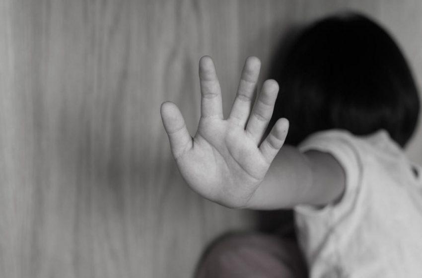 Menor de edad y joven discapacitada son agredidas por su abuela y madre