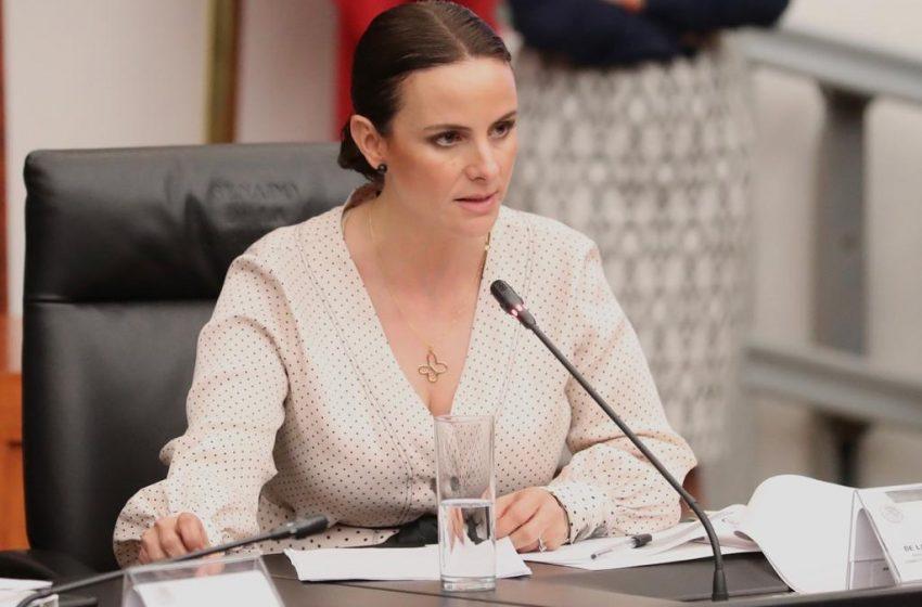 """Nancy de la Sierra traiciona al lopezobradorismo; se integra a nuevo """"Grupo Parlamentario Plural"""" en el Senado"""